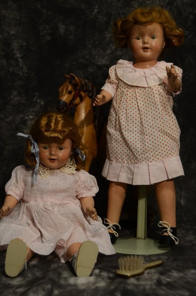LOT OF 2 COMPOSITION MAMA DOLLS