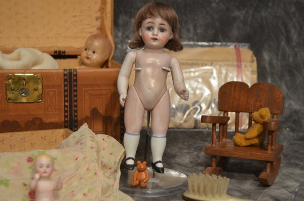 ADMIRABLE ANTIQUE ALL BISQUE DOLL ~ 208 ~