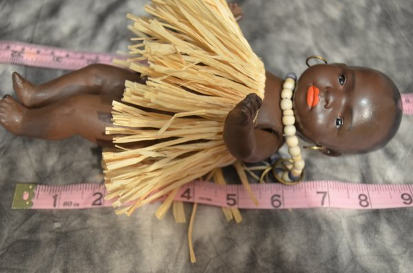 "ADORABLE 9"" ANTIQUE ~ SOUTH SEAS BABY ~ HEUBACH - 4"