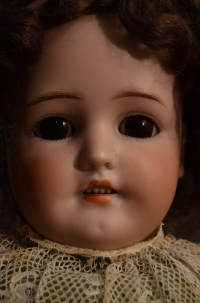 CHARMING ANTIQUE BISQUE DOLL ~ GERMAN ~ 550 - 2