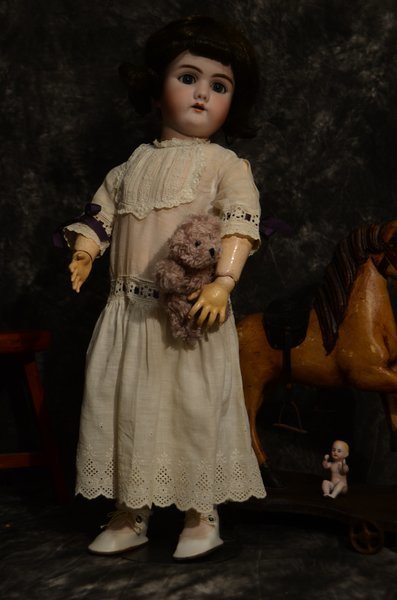 "DARLING 23"" ANTIQUE BISQUE HEAD DOLL ~ 109 ~ 12 ~ DEP"