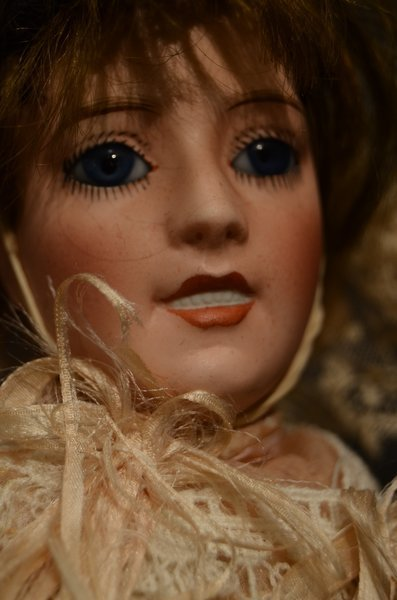 ANTIQUE FRENCH BISQUE DOLL ~ LORRAINE ~ JE MASSON - 2