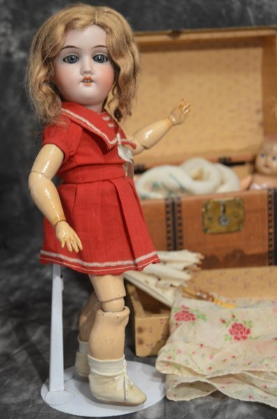 LITTLE ANTIQUE GERMAN DOLL ~ GEBRUDER KNOCH ~ 165~ - 3