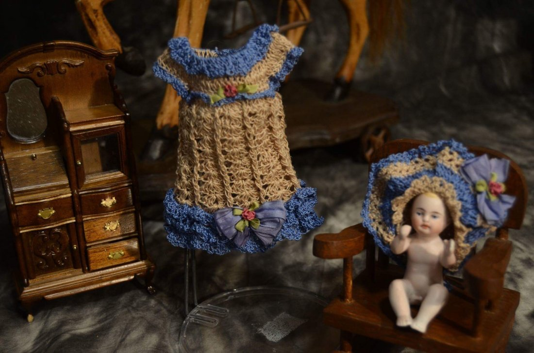 ANTIQUE STYLE CROCHETED DRESS FOR MINIATURE BISQUE