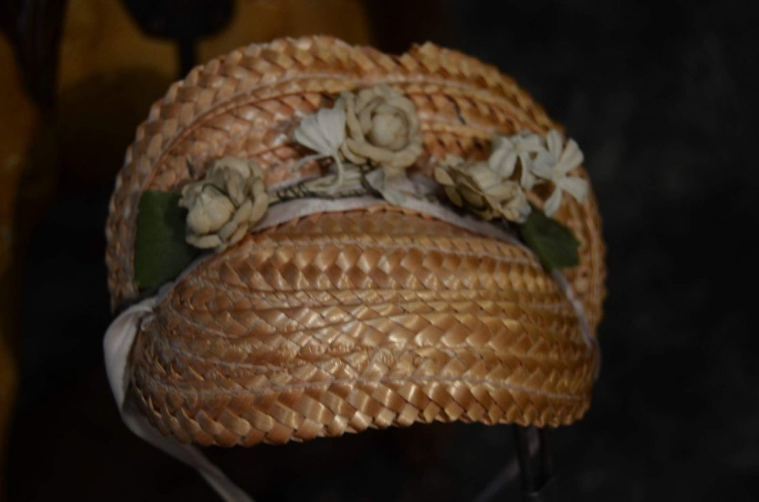 DECORATIVE STRAW HAT FOR ANTIQUE BISQUE - 2