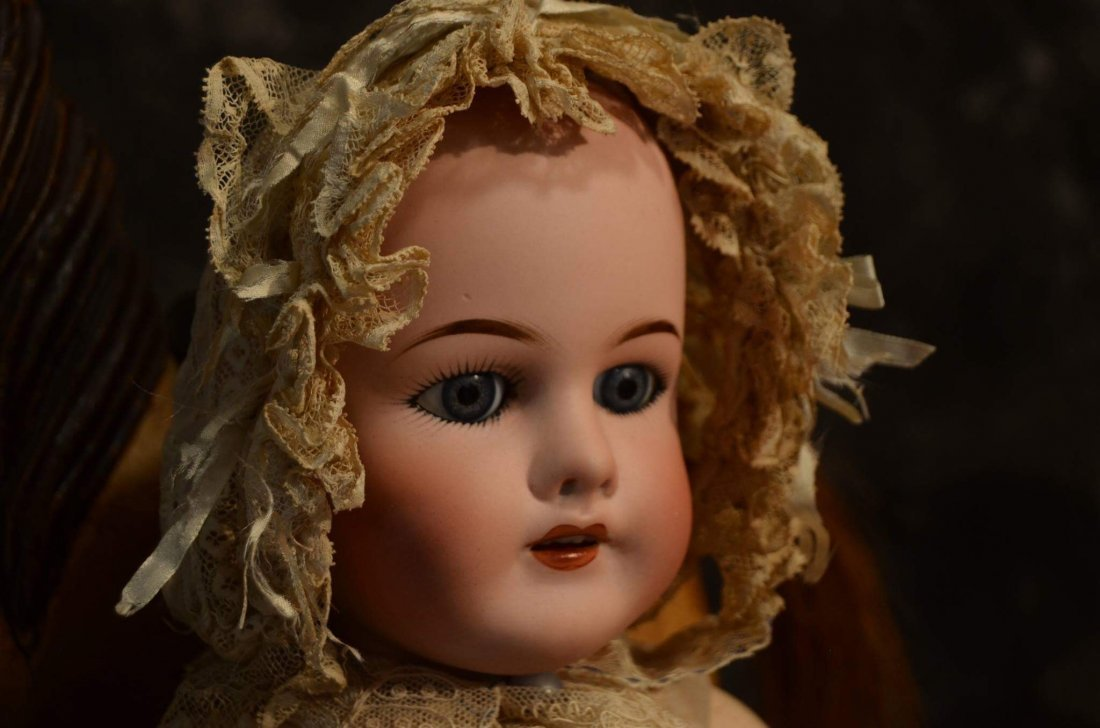 STUNNING ANTIQUE LACE BONNET FOR ANTIQUE DOLLS