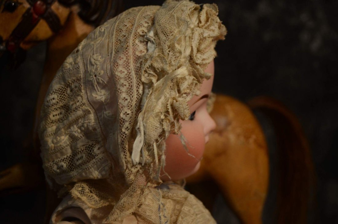 STUNNING ANTIQUE LACE BONNET FOR ANTIQUE DOLLS - 2
