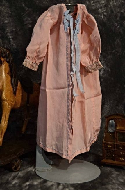 STUNNING ANTIQUE SILK COAT FOR ANTIQUE BISQUE DOLLS