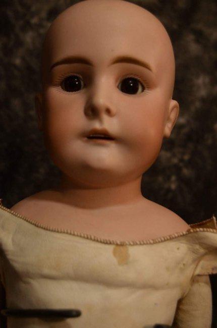 ANTIQUE BISQUE SHOULDERHEAD w KID LEATHER BODY - 3