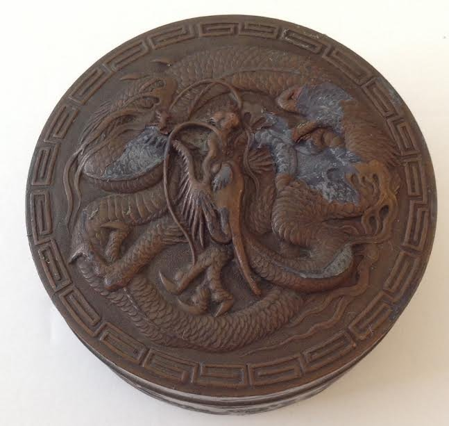 CAST IRON TRINKET BOX WITH A BRONZE STYLE COATING