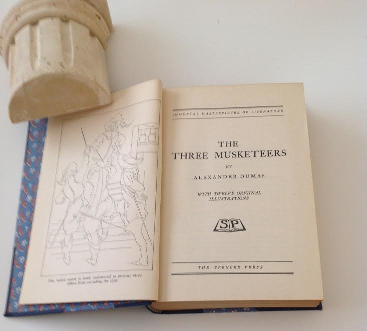 THE 3 MUSKETEERS IMMORTAL MASTER PIECES -DUMAS - 2