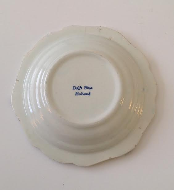"""Vintage Delft Blue Ashtray – Hand painted 5.75"""" - 2"""