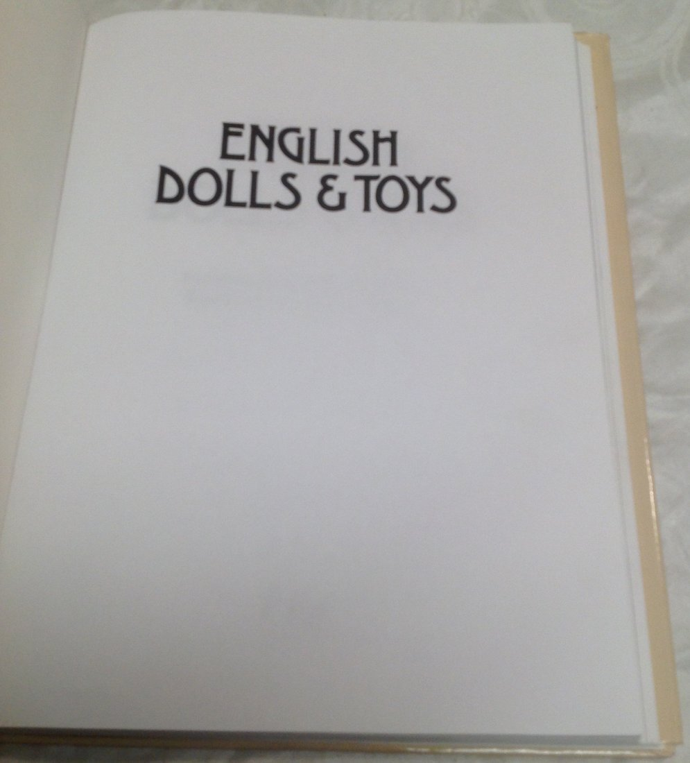 Kenneth & Marguerite Fawdry Pollacks History of Dolls - 2