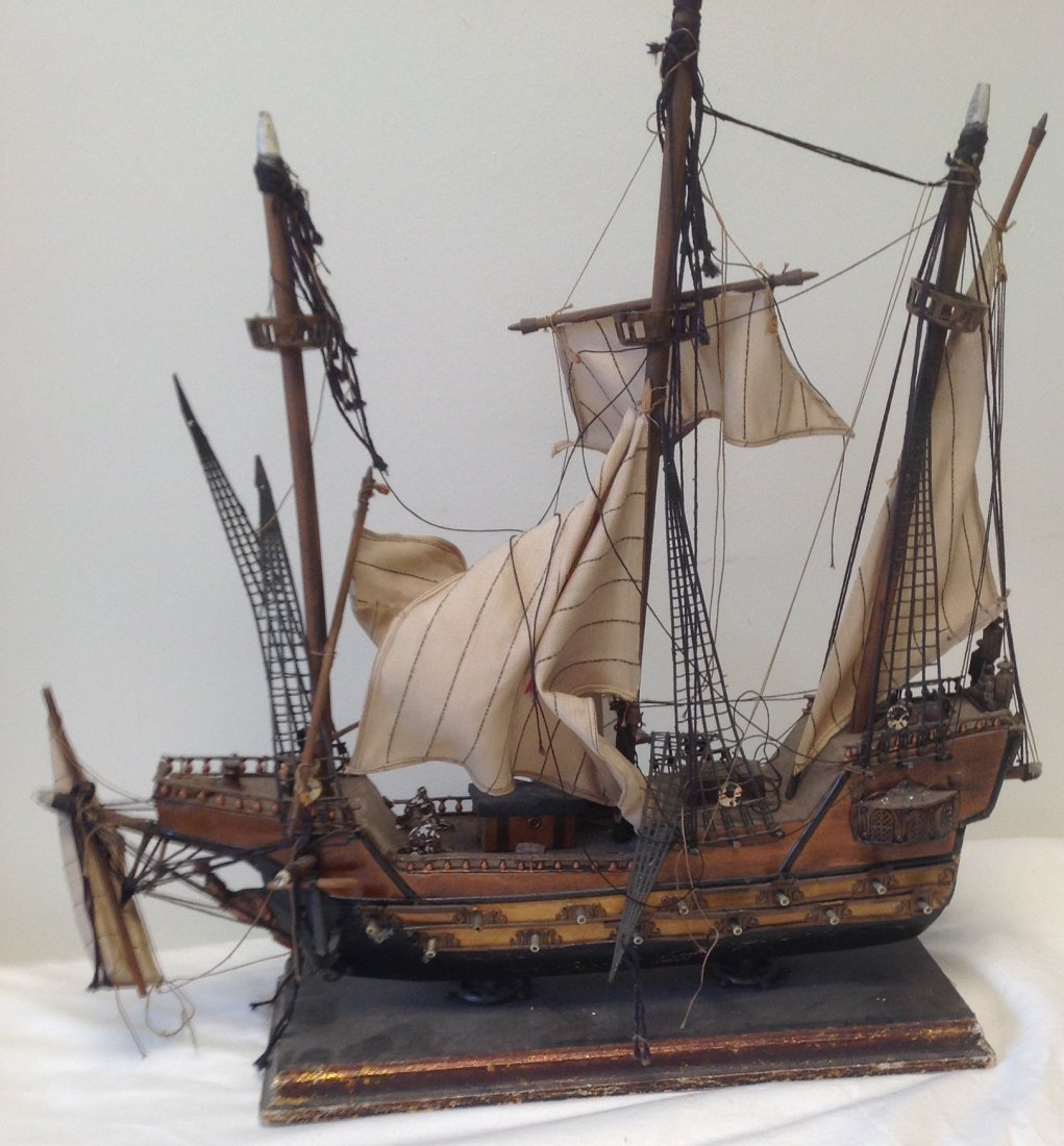 Sail boat Santa Maria model  18 x 15 - 7