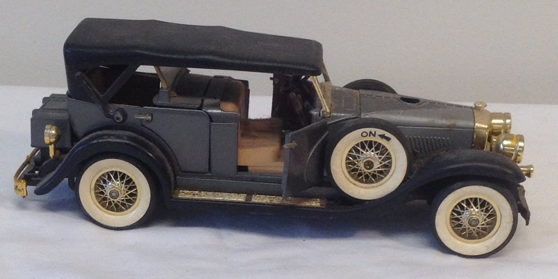Black 1930 Duesenbero Toy Car. - 3