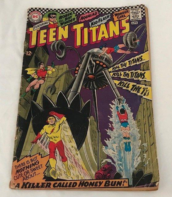Teen Titans No.8 : 1967: A Killer Called Honey Bun