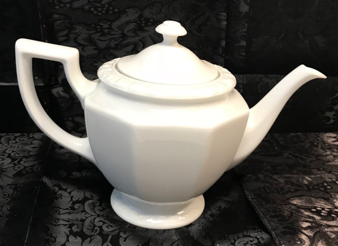 """Rosenthal Maria"""" white decorated tea pot & Cover"""