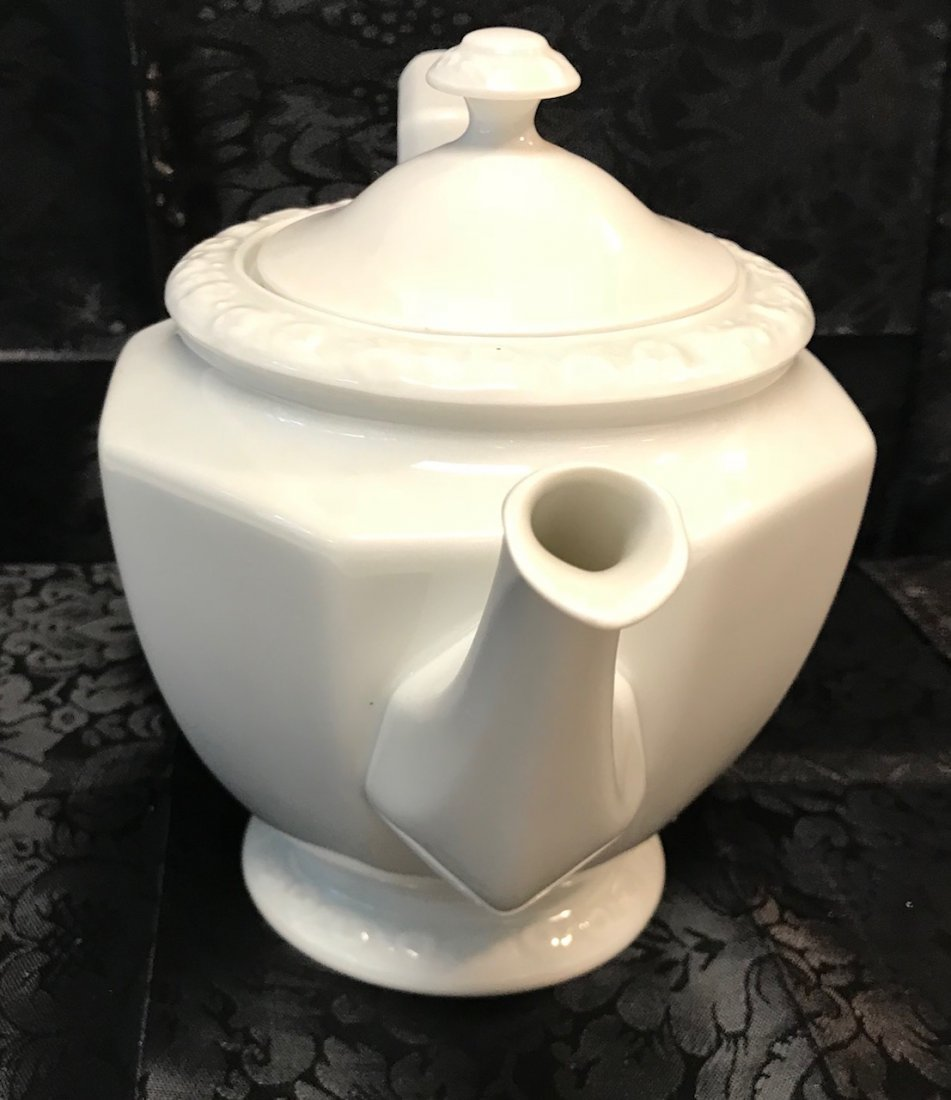 """Rosenthal Maria"""" white decorated tea pot & Cover - 3"""