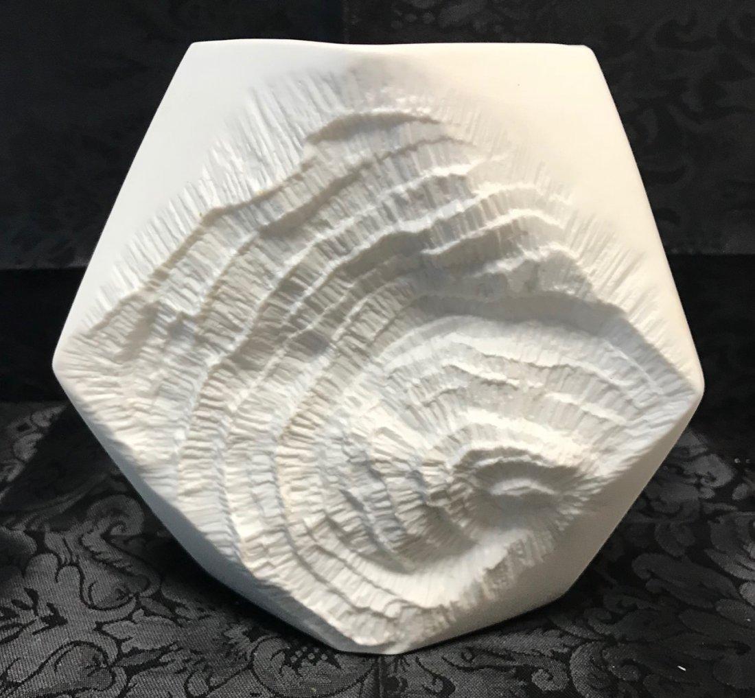 Kaiser Twisted Biscuit porcelain vase