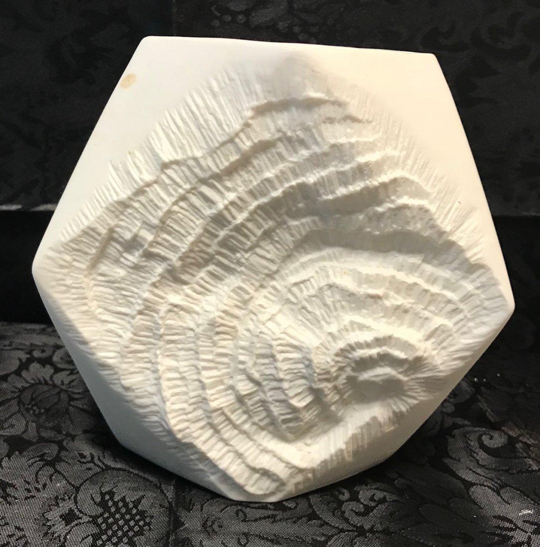 Kaiser Twisted Biscuit porcelain vase - 2