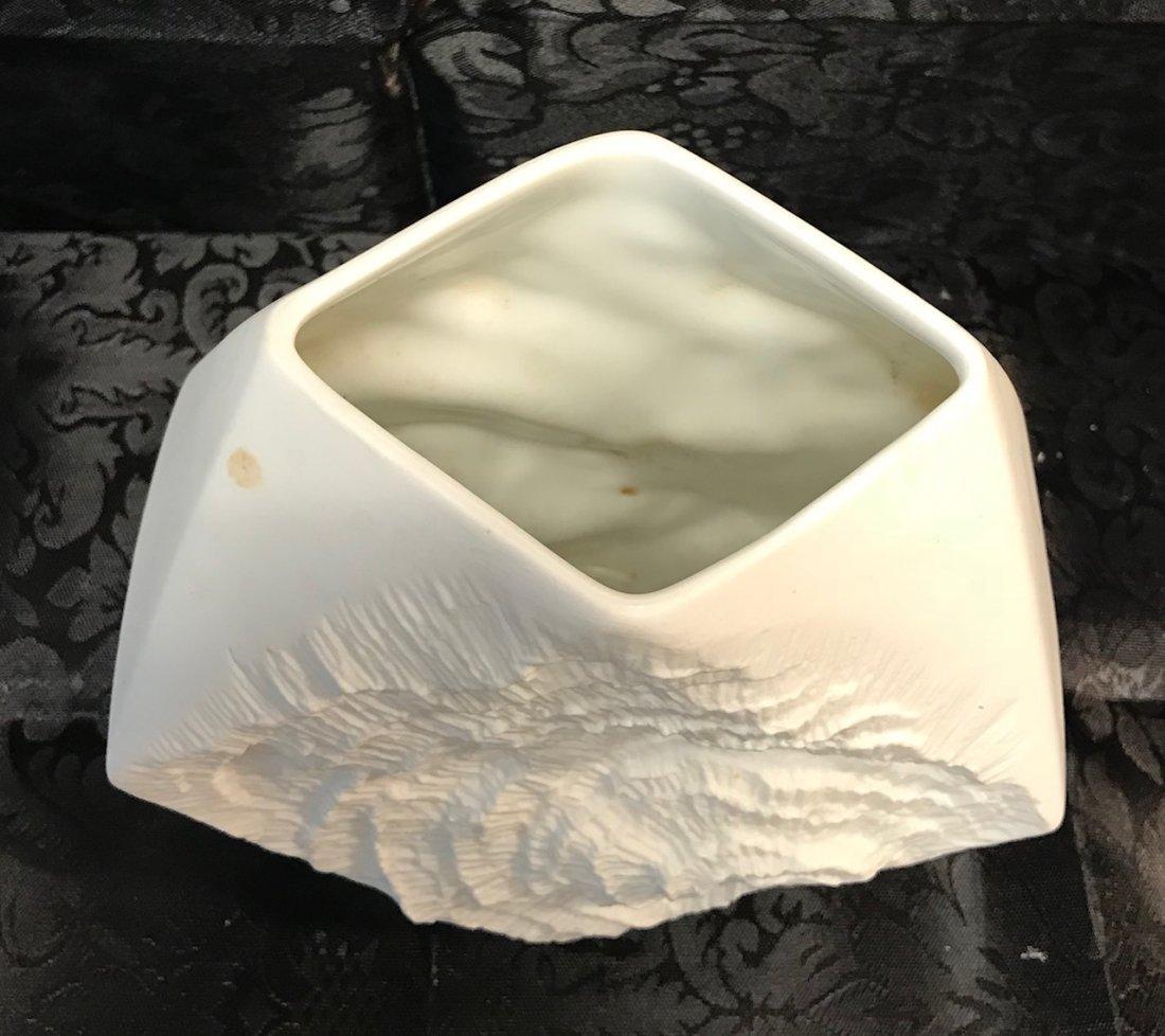 Kaiser Twisted Biscuit porcelain vase - 3
