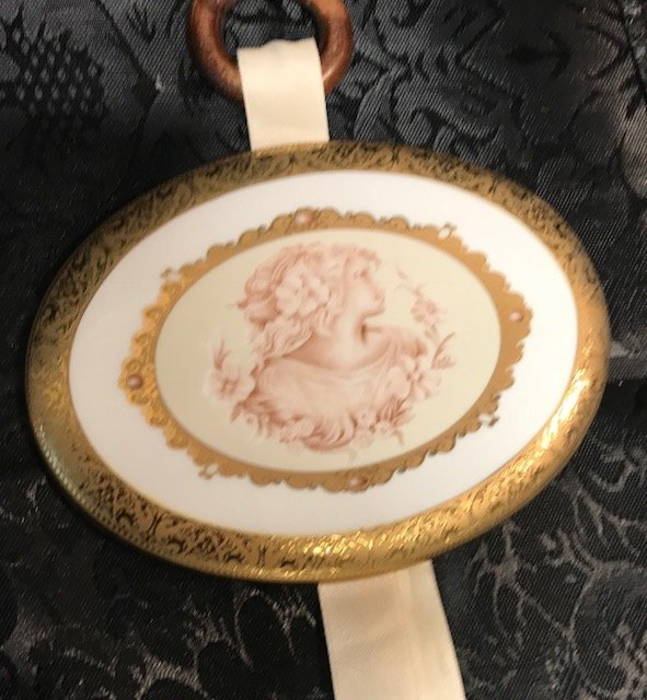 3 Limoges  oval plaques - 5