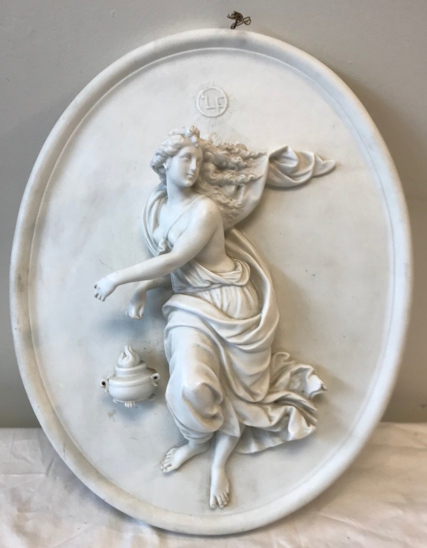 Dresden Oval plaque Lady Figurine