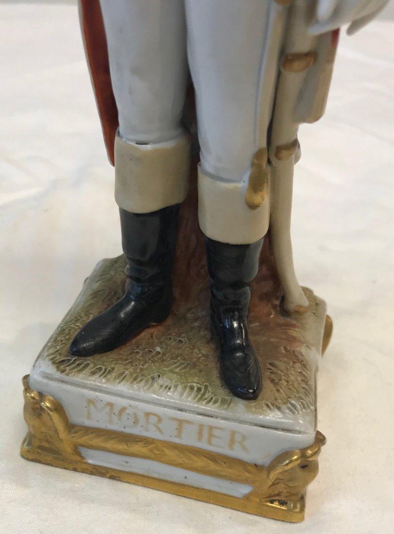 Dresden,Sitzendorf,Schiebe Alsbach Mortier Figurine - 3