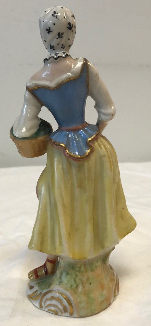 Dresden Lady figurine W/ Basket - 2