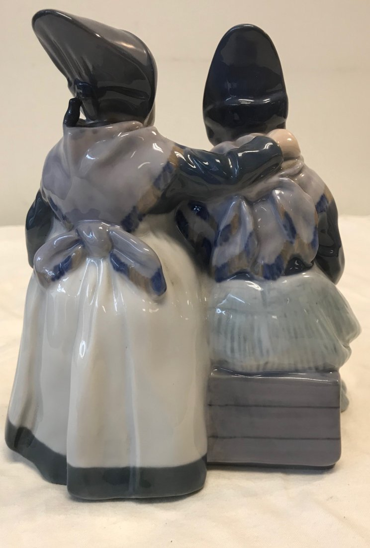 Royal Copenhagen 1395; Two Amager Girl Reading Figurine - 3