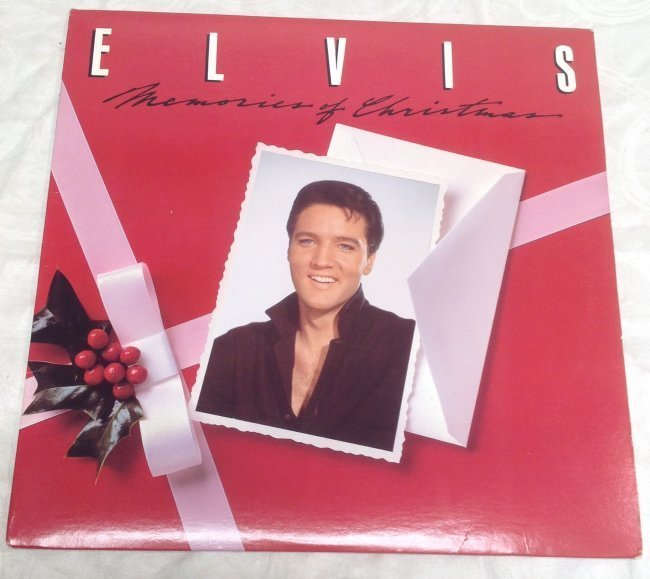 Elvis Memories of Christmas Album - 4