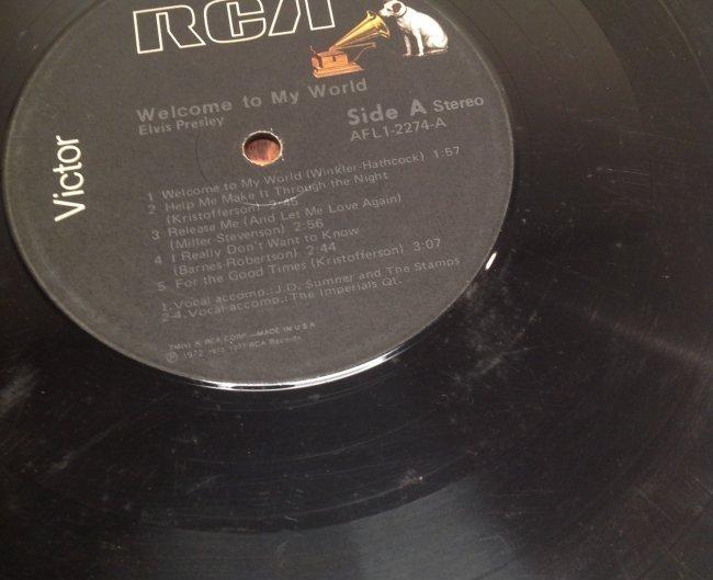 Elvis WELCOME TO MY WORLD Album - 4
