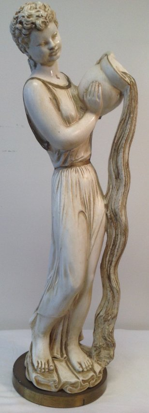 UNIVERSAL STATUARY CORP Statue 26 H