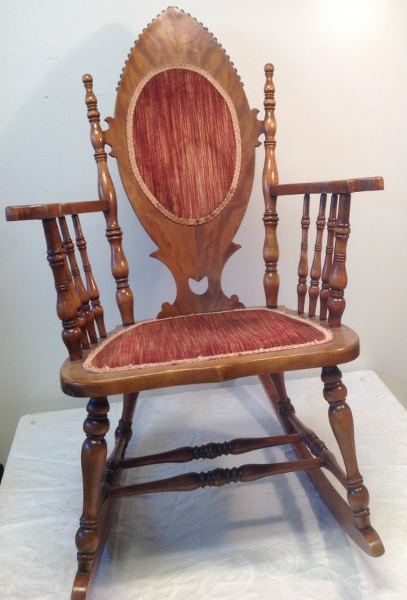 Antique Oak Rocking Chair 40 x 23 - 2