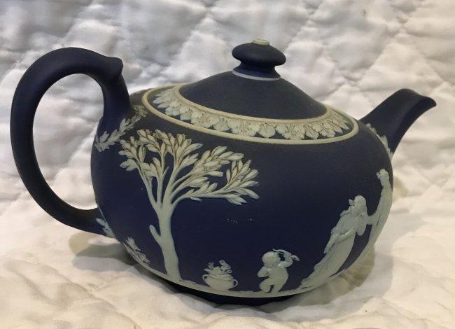 Jasperware Deep Blue Tea Pot 8 x 5