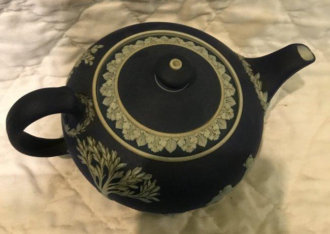 Jasperware Deep Blue Tea Pot 8 x 5 - 2