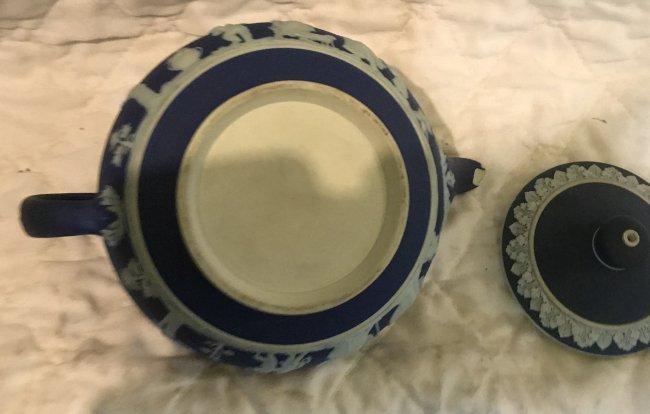 Jasperware Deep Blue Tea Pot 8 x 5 - 4