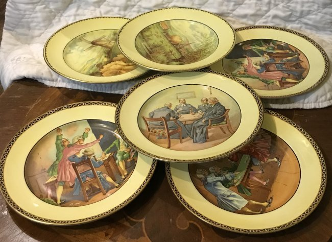 6 Grimsware Dinner Plates 9 Inches Wide