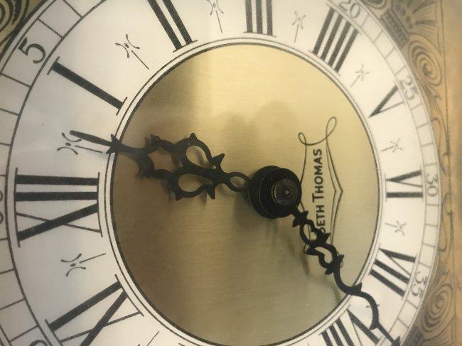 Vintage American Seth Thomas Desk Clock - 2