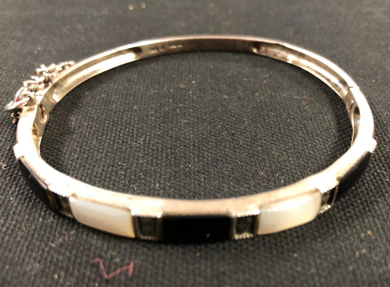 Gorgeous Vintage Sterling Silver, Onyx, Pearl Bracelet