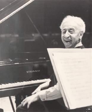 ARTHUR RUBINSTEIN at STEINWAY Piano photo, signed WM