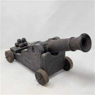 Robust Wood Military War Cannon