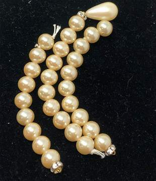 """Once a lovely 15"""" or so faux pearl necklace needs TLC"""