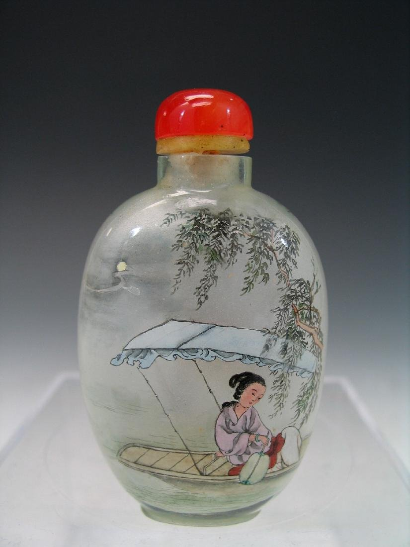 Chinese reverse glass painted snuff bottle. - 2