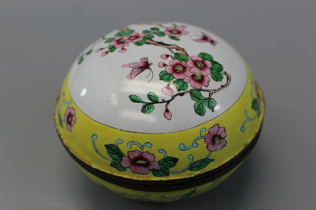 Chinese enameled brass box. - 3