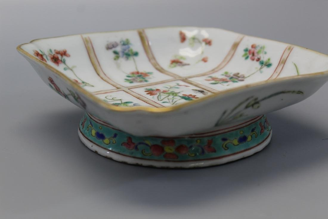Chinese famille rose porcelain bowl, Tongzhi mark. - 3