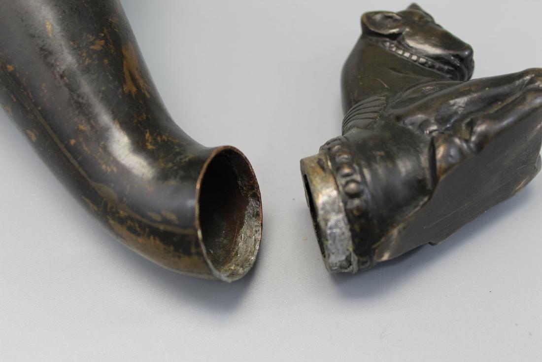 Antique bronze libation cup. - 5