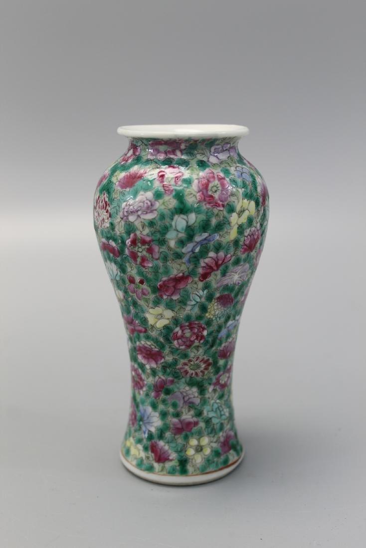 Chinese famille rose hundred-flower porcelain vase. - 2