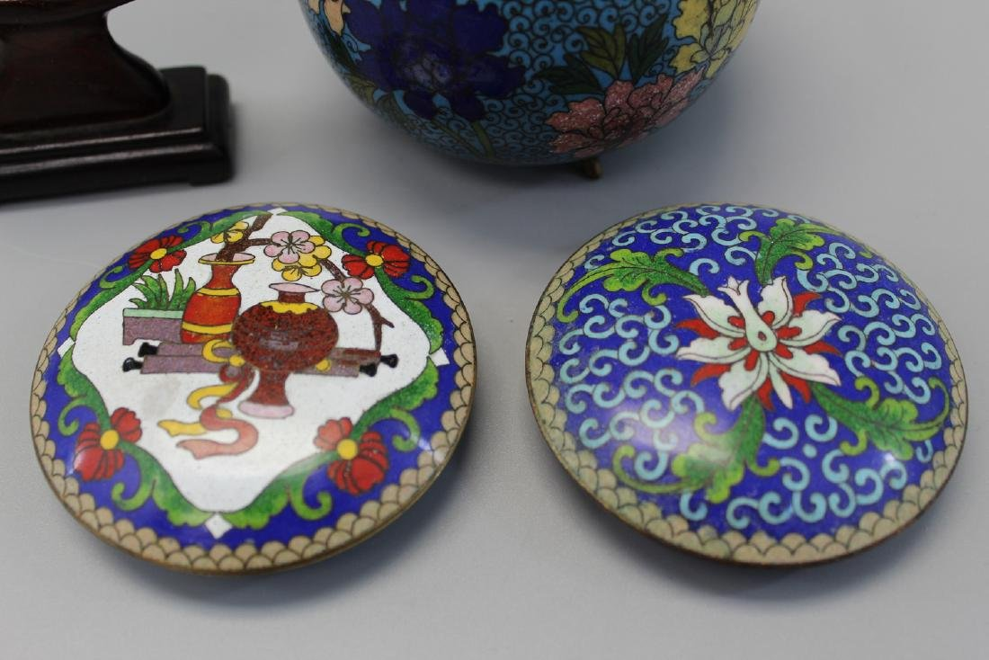 Group of four Chinese cloisonne items. - 2