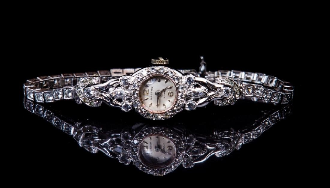 10 KT WHITEGOLD LADIES DIAMOND WATCH